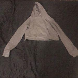 Grey Lululemon cropped shirt size 8